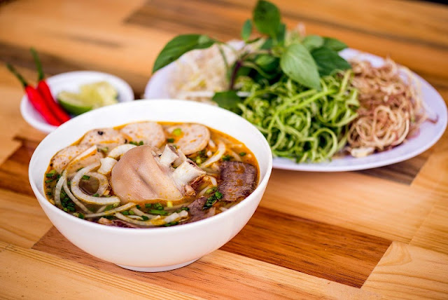 Central Vietnam Food -  Destination for Culinary Tourisms 2