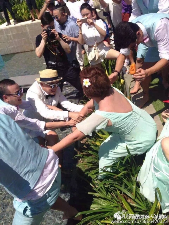 Actress Liu Yan was almost thrown into the water by groomsmen at a celebrity couple's wedding whom she was a bridesmaid for.