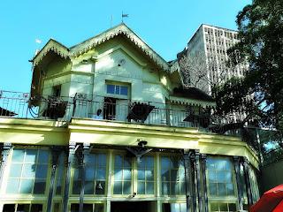 Chalé, na Praça XV de Novembro, em Porto Alegre