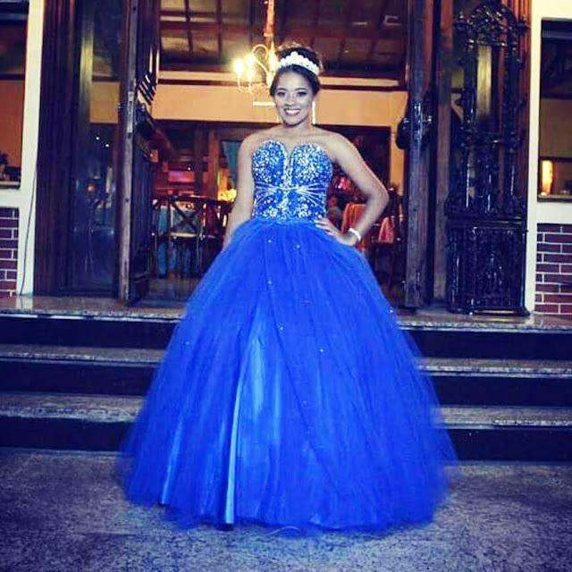 Faça seu Vestido de debutante com preço de aluguel no Atelier da Dona Tica