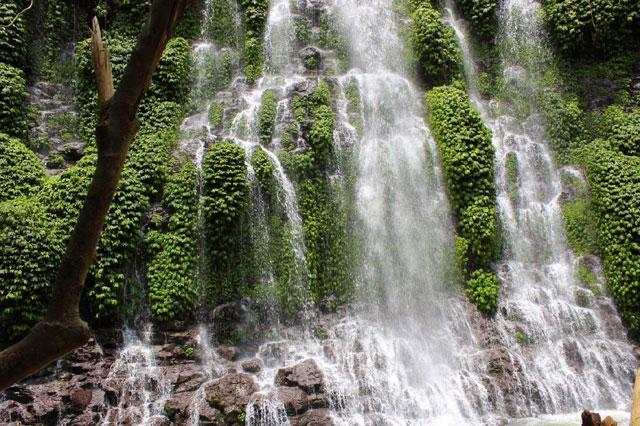 Air Terjun Curup Maung