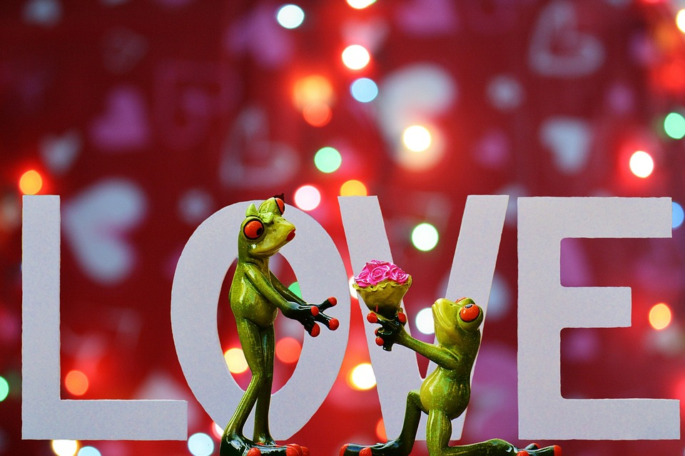 Best Romantic Ideas For Long Distance Lovers To Celebrate Valentines Day 2016