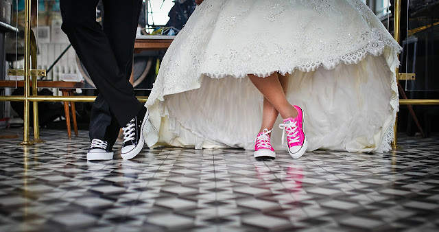 """Ahhh I'm Getting Married!"" (Not Really) - bride and groom wearing converse"