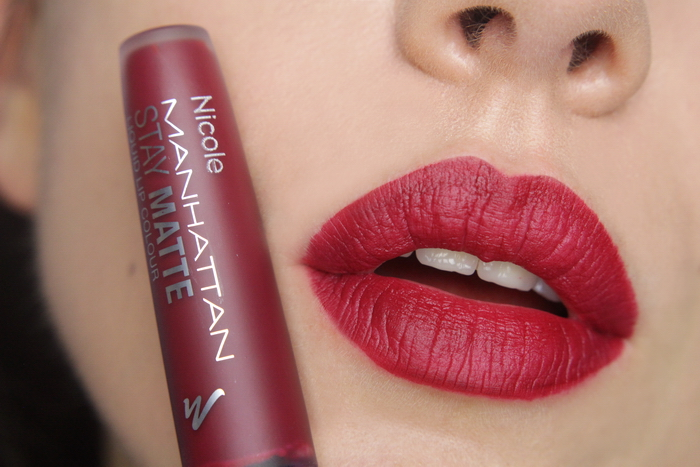 Manhattan Stay Matte Liquid Lip Colour 600 Statue of Burgundy