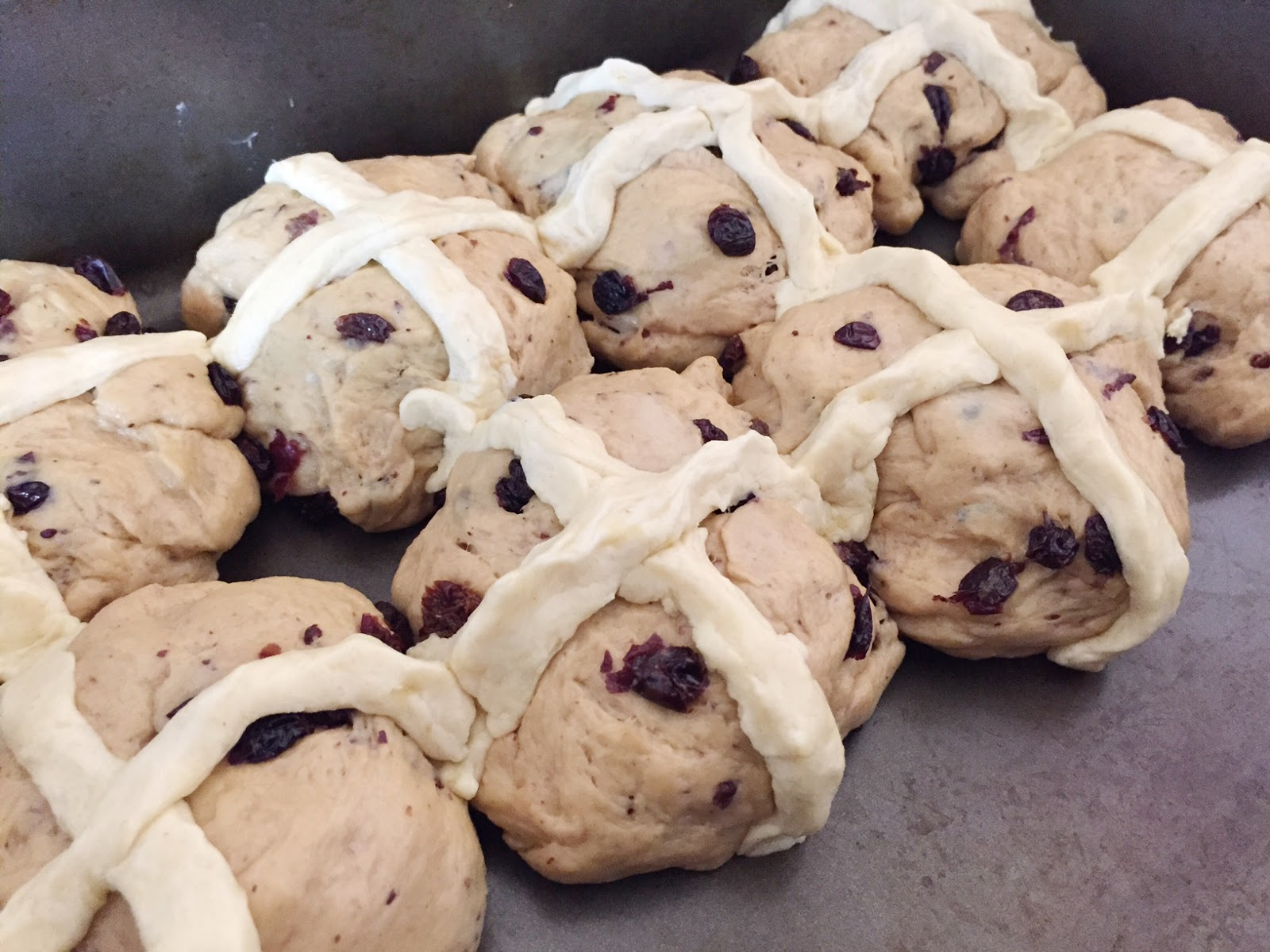 Vegan Earl Grey and Orange Hot Cross Buns