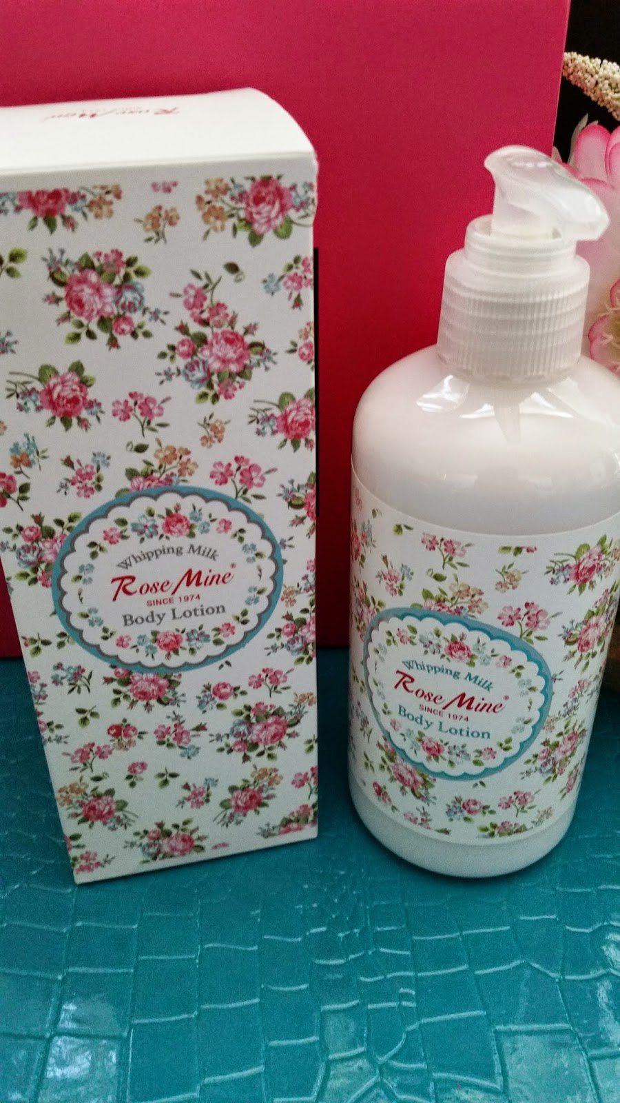 Rosemine Whipping Milk Body Lotion