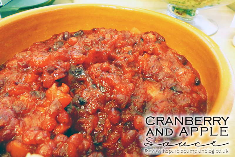 #Cranberry & #Apple Sauce - great for duck, turkey, goose, pork, and just as good over ice-cream for a dessert too!! #Christmas