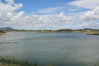 Análises laboratoriais não acham problemas na água de Boqueirão