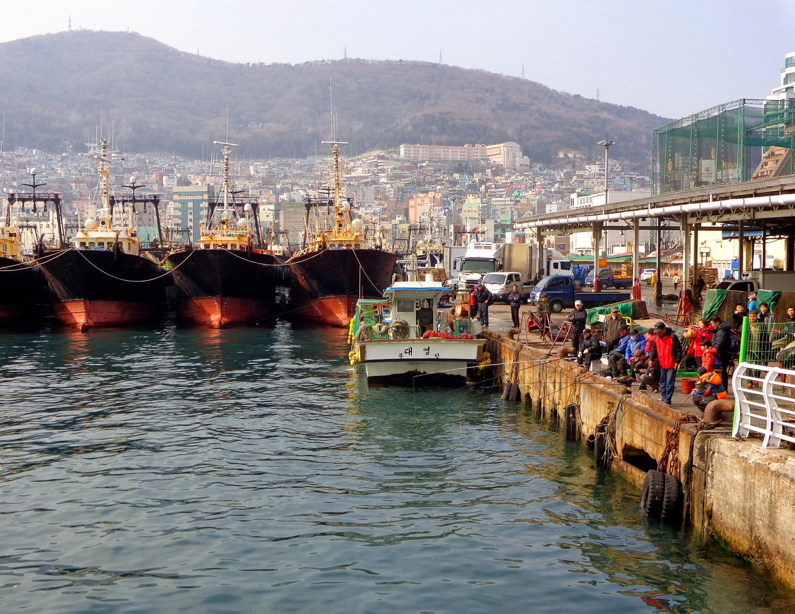 Port near Jagalchi market in Busan