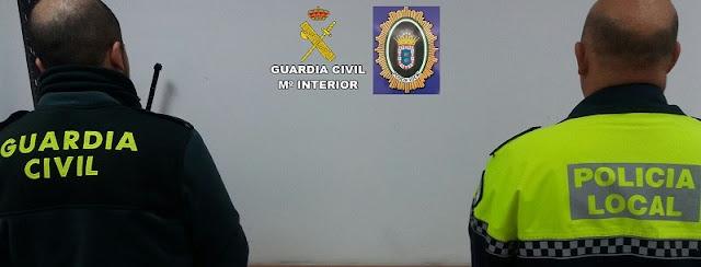 http://www.esvalverde.com/2018/04/nueva-accion-de-policia-local-contra-el.html