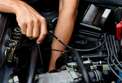 Learn To Do Some Basic Car Repairs On Your Own