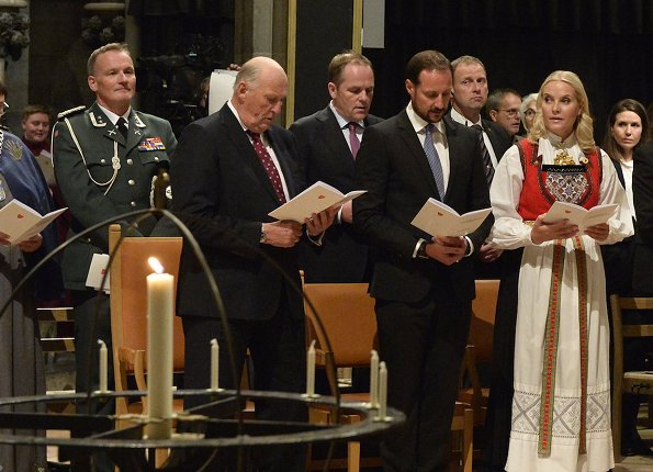 King Harald, Crown Prince Haakon and Crown Princess Mette-Marit attended a church service at Trondheim