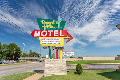 Pleasant hills motel Tulsa Route 66 Oklahoma_by_Laurence Norah