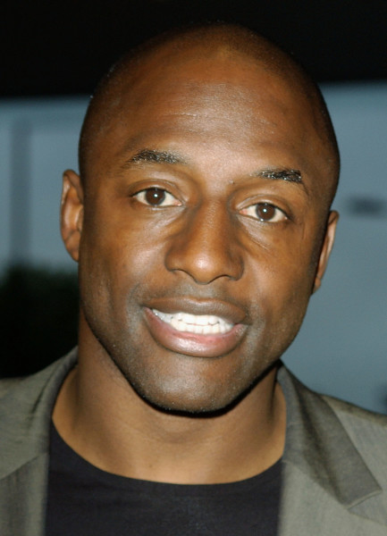Ex-footballer,-John-Fashanu-reportedly-locked-in-Abuja-prison-over-N9.5-land-scam-for-two-days