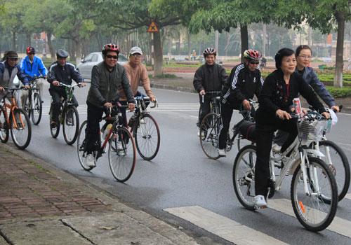 Đi xe đạp khi bị thoát vị đĩa đệm nhẹ