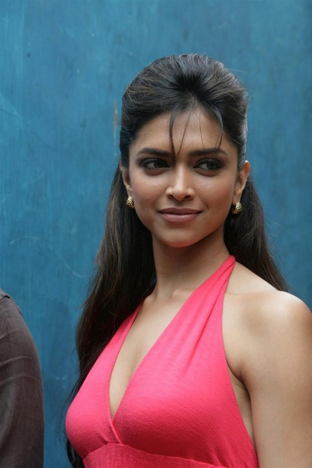 Deepika Padukone Hot Photos, Deepika Padukone Hot Pictures ...