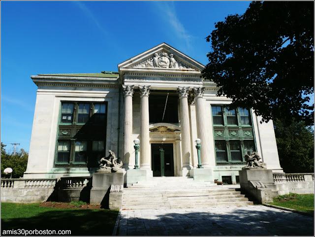Colt Memorial School
