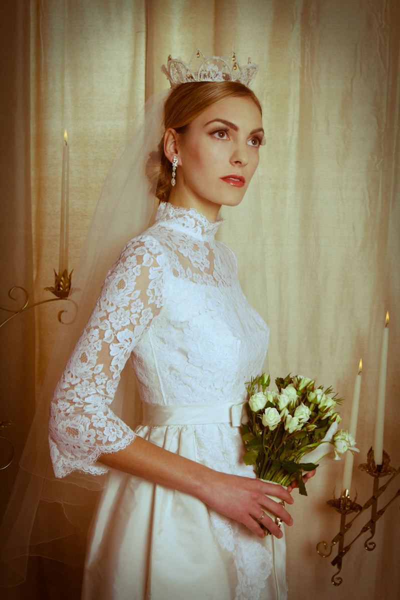 xtabay brides by holly andres 60's wedding dress Dianne in a 60 s baby doll style wedding dress with lace sleeves Dress has sold