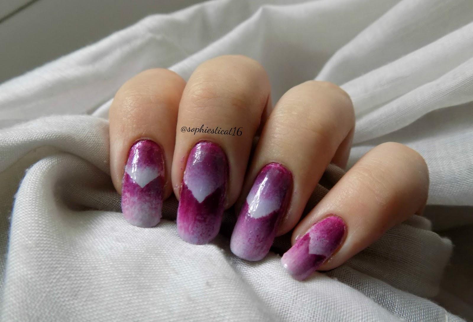 July\'s Nail Challenge - V Shape | Sophie\'s Nail Art Dreamland