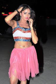Shreya Vyas new sizzling hot pics 017.jpg