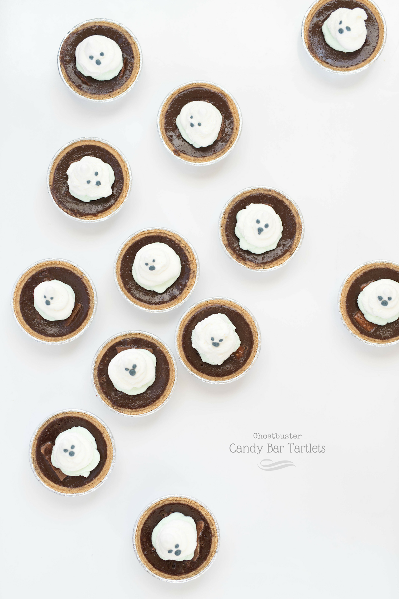 mini tarts recipe, chocolate tart, easy tart recipe, quick dessert, after school treats, ghostbuster dessert, ghostbuster party food ideas, ghost themed food,