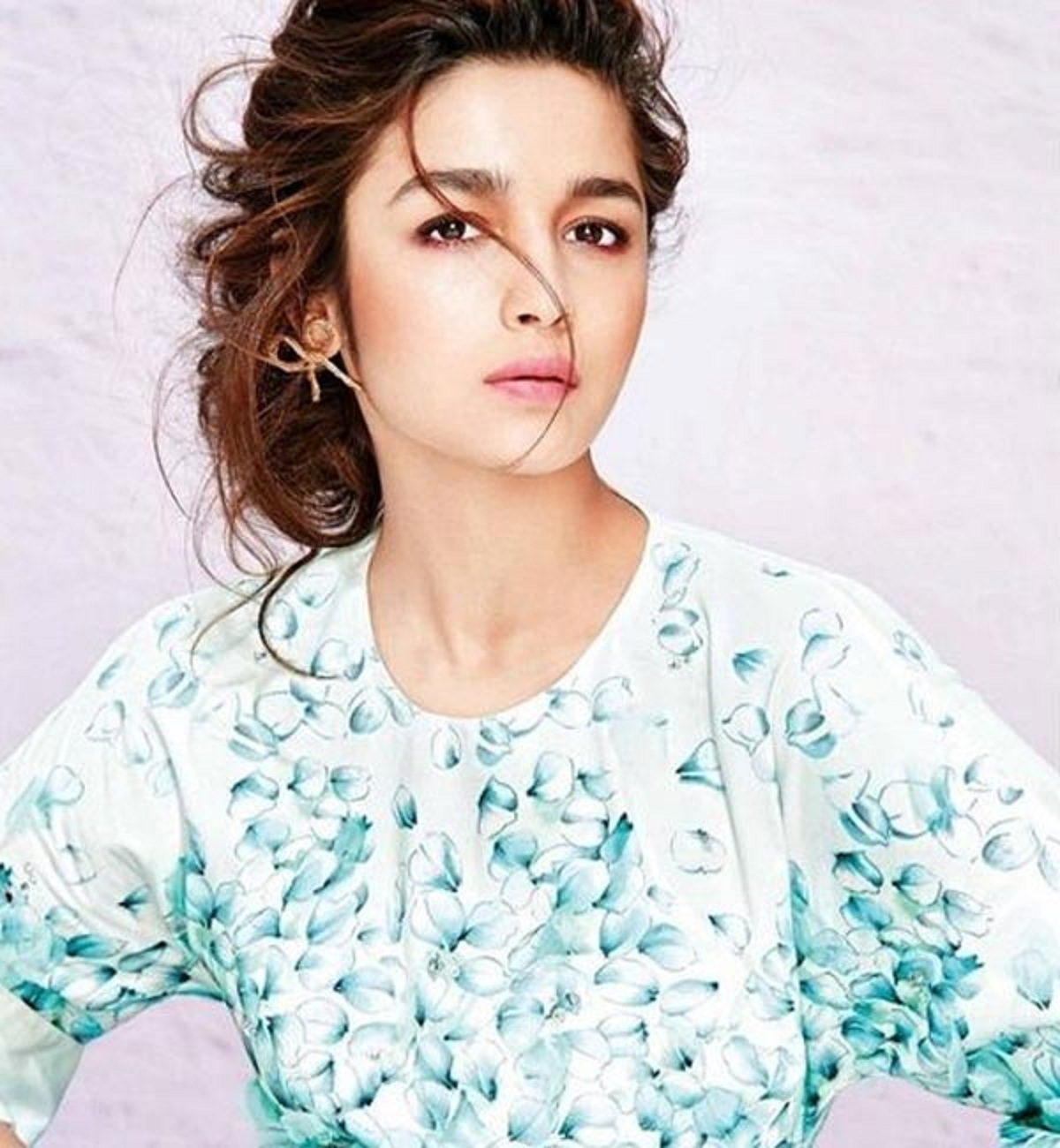 Cute Doll Hd Wallpaper For Desktop Alia Bhat Latest Wallpaper Beautiful Desktop Hd
