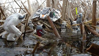 Lego Star Wars Speeder and Hoth creatures in wetland