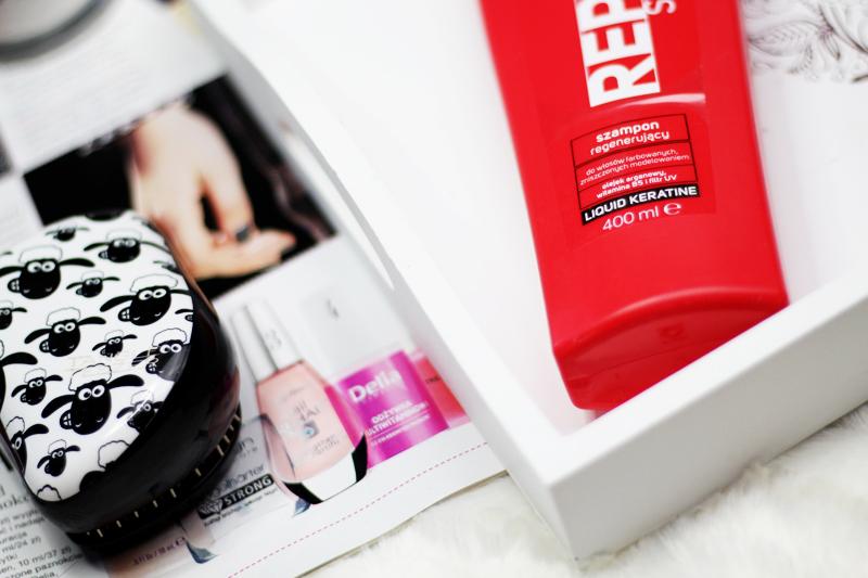 Evree, Szampon regenerujący Max Repair do włosów farbowanych i zniszczonych modelowaniem