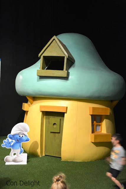 בתי פטרייה דרדסים תערוכה smurfs exhibition mushroom house