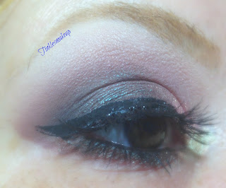 eye_makeup_look_sultry_plum_and_taupe