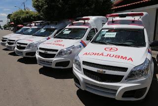 entregou ambulâncias em Calculé, Bom Jesus da Serra, Anagé, Botuporã e Ibiassucê