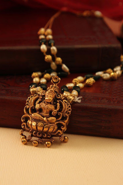 Temple jewellery from Manubhai