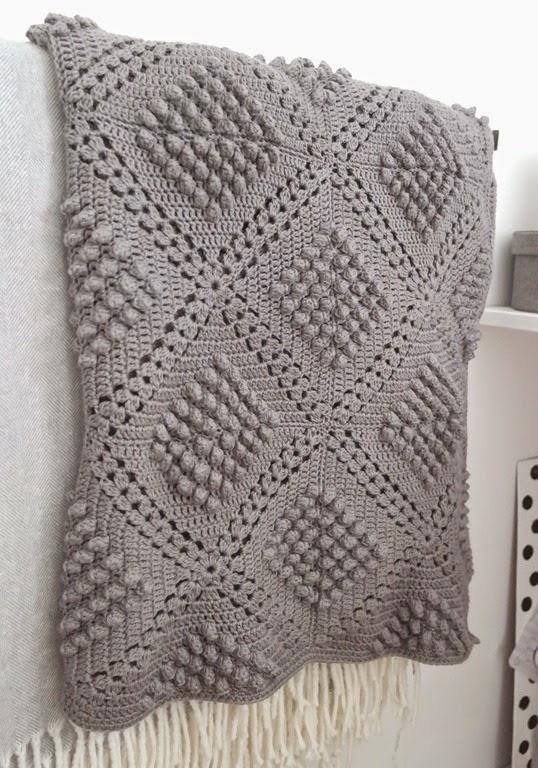 Mes favoris tricot crochet mod le gratuit un joli plaid au cochet - Modele plaid tricot gratuit ...