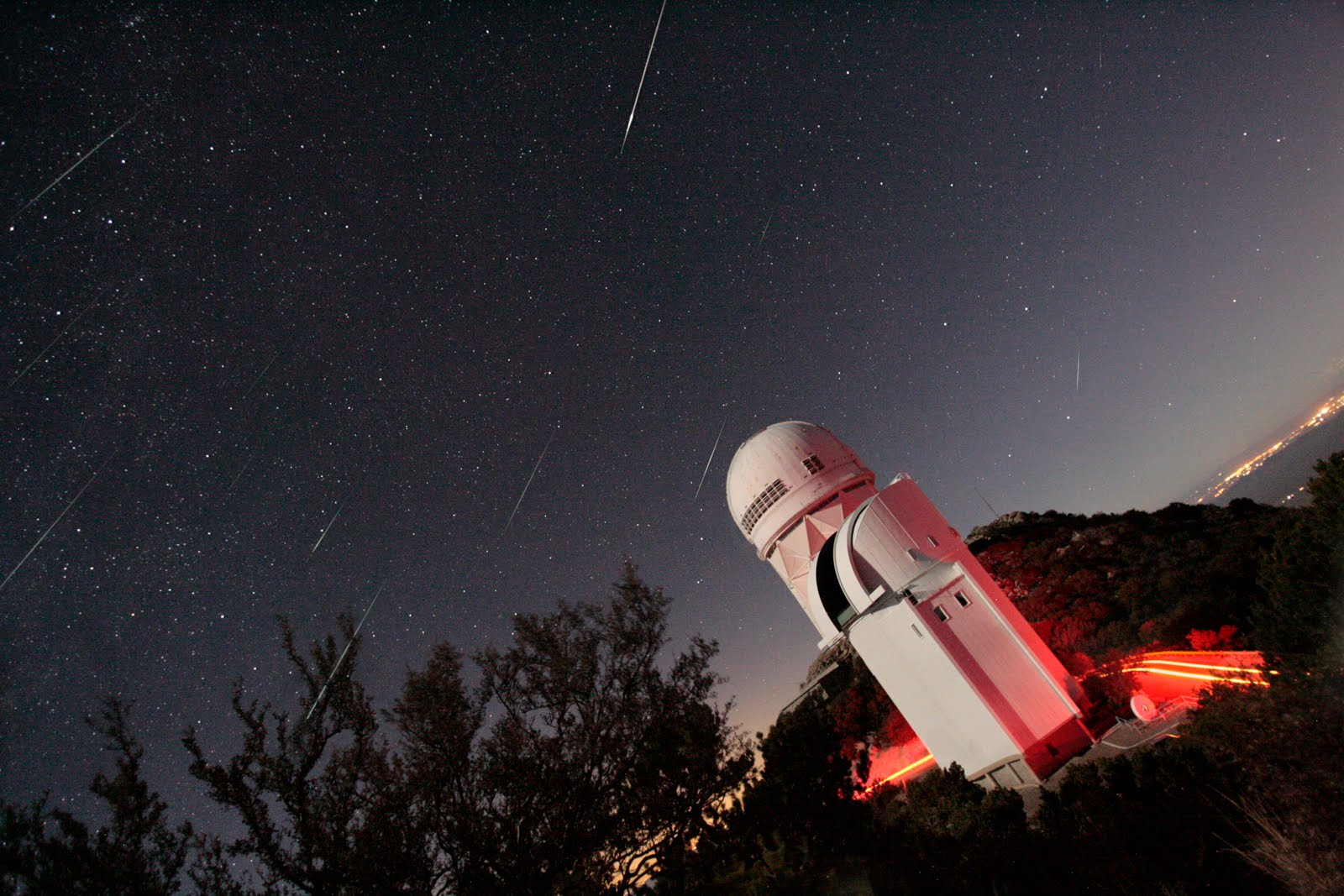 Geminids over Kitt Peak