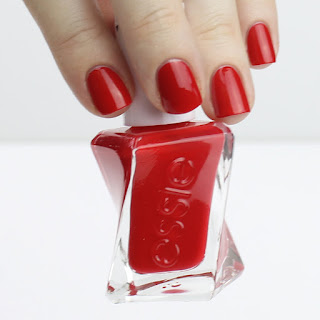 Essie Gel Couture Nail Polish Australia Rock the Runway Top Coat review swatches