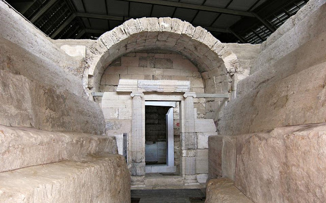 Important ancient Macedonian tomb in Thessaloniki open to public