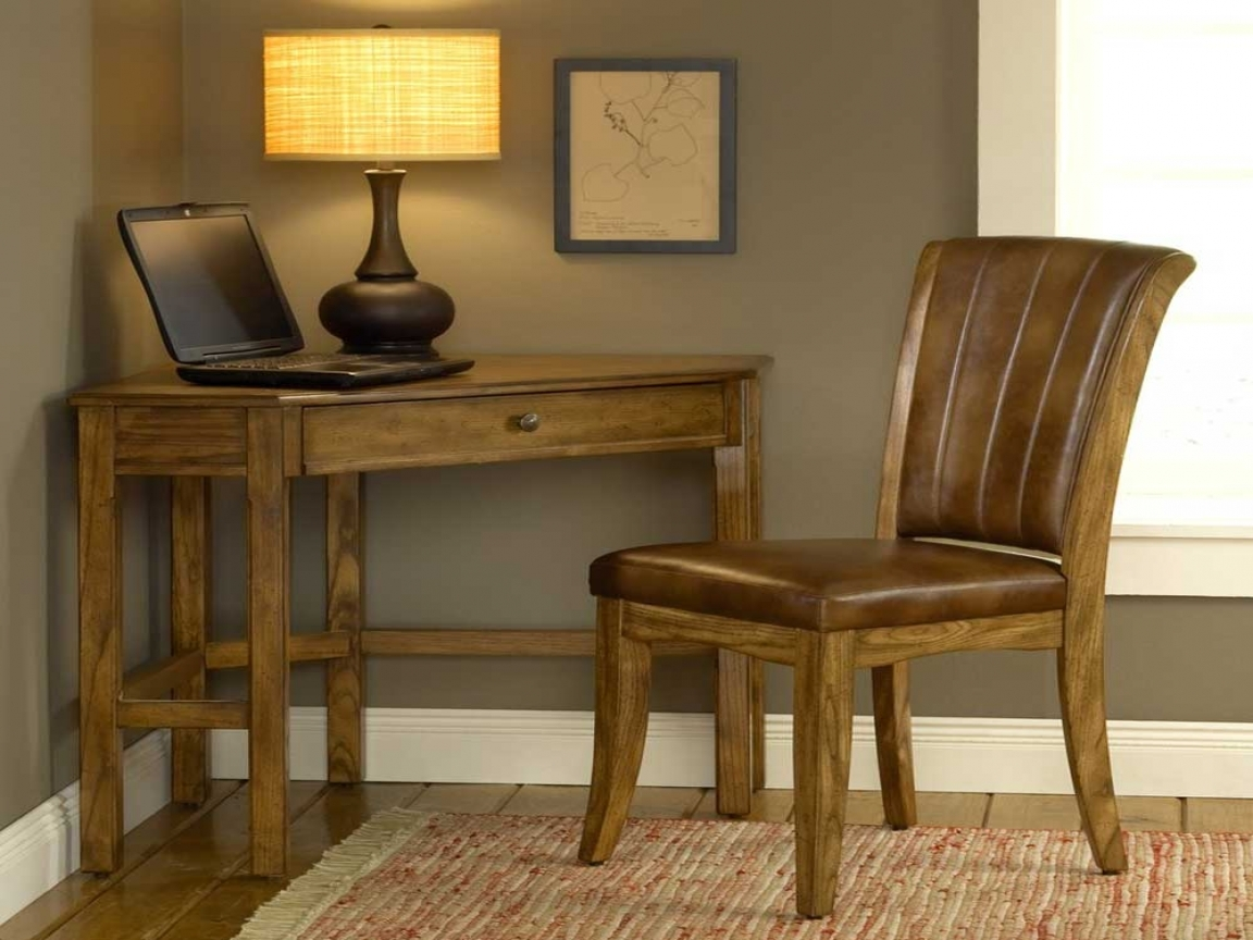Small oak corner desk small oak corner computer desk for existing home small oak corner - Small corner laptop desk ...