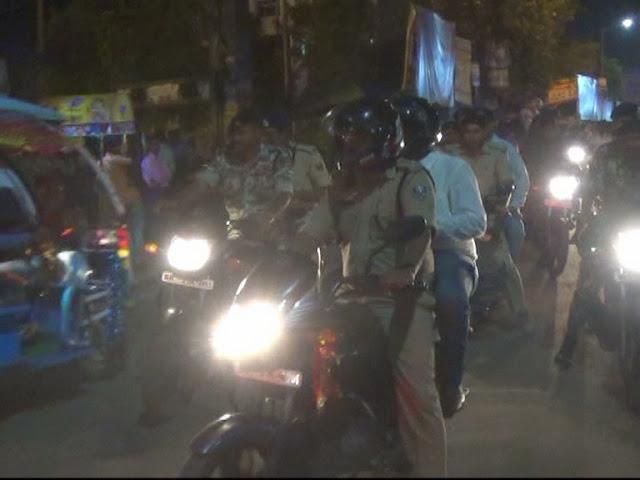 नालंदा SP और DM जब बाइक से ही पूजा पंडाल एवं मेला का निरीक्षण करने निकल पड़े