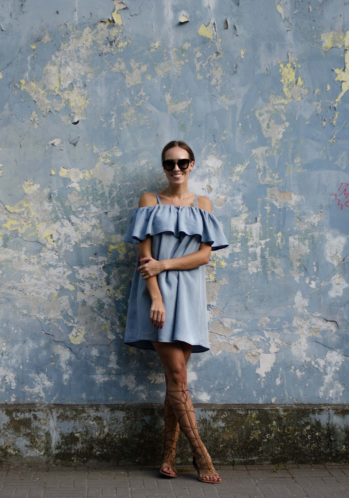 denim ruffle off shoulder dress outfit