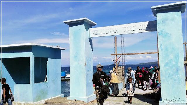 Sampai ke pelabuhan togolobe Hiri
