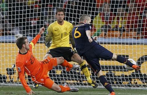 Hà Lan từng thua Tây Ban Nha trên đất Nam Phi