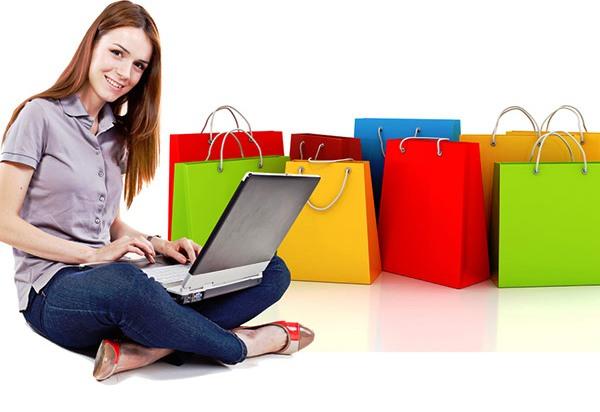 Bella Moda Shop. Cada vez son más las mujeres que conocen esta tienda de ropa online que ofrece ropa y complementos de mujer low cost. Estas son algunas de las tiendas de ropa online con una gama de productos mayor y que cuentan con una mejor valoración por parte de los clientes. De cualquier manera, nunca olvides mirar varias páginas.