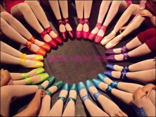 Resultado de imagem para sapatilhas de pontas coloridas