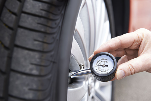 تأثير إطارات السيارة على إستهلاك الوقود وكيف تعالج ذلك