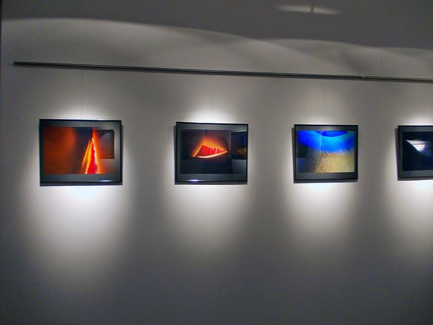 Z cyklu Materia, autorka Katarzyna M.Rymarz, Galeria Pomost