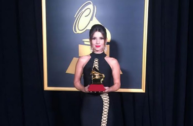 Paula Fernandes fica sem palavras após ganhar Grammy: 'Estou extasiada'