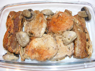 friptura de porc cu ciuperci la tava in sos de vin, retete de mancare, fripturi, mancaruri cu carne, retete culinare, retete cu porc si ciuperci,