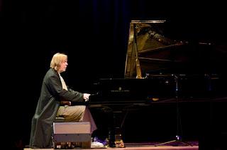 RICK WAKEMAN PIANO ACOUSTIC AL TEATRO ANTICO DI TAORMINA. UNICA DATA IN ITALIA