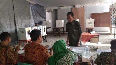 PSU di TPS 07 Pekayon, Pemilih Coblos 4 Surat Suara