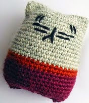 http://www.ravelry.com/patterns/library/kitty-with-pants